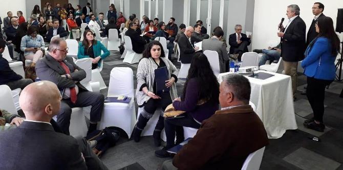 Representantes de diversos sectores fueron parte de este encuentro que busca conocer sus propuestas para diseñar el proceso de diálogo a nivel nacional.